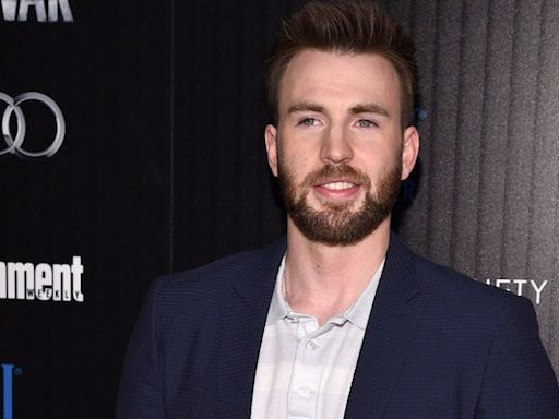 Chris Evans Goes Viral Again Showing Off Key Skills (Video)