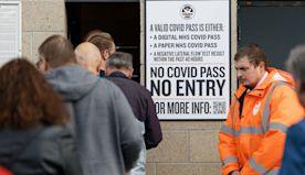 新冠疫情:英國確診病例為什麼居高不下?