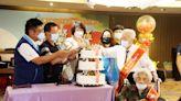 東縣表揚50對金鑽石婚夫妻