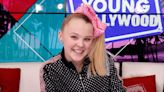 "JoJo Siwa Gave Her ""Wonderful Girlfriend"" An Amazing Shoutout At The 2021 GLAAD Media Awards"