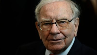 These are the types of companies Warren Buffett says you should invest in during times of inflation