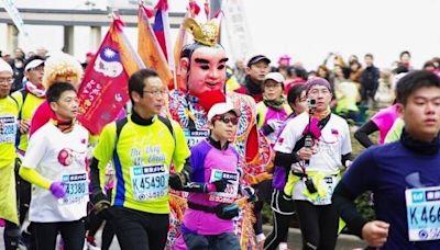 獨家》他曾扛三太子跑東京馬拉松 明再揹神尊單攻雪山為台祈福