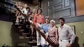Premiere alert! 'The Brady Bunch' kids fix up their old digs on 'A Very Brady Renovation'
