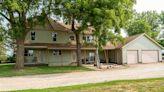 Waterloo and Cedar Falls homes for big families
