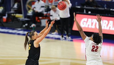 Women's basketball adds one more transfer to its roster