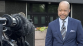 How a CBS News correspondent's anxiety almost cost him his voice