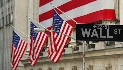 Dow Jones Rises While Tech Drops; Energy Stocks Score Breakouts, Trade Near Buy Zones