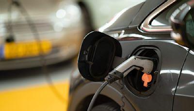 電源廠攻電動車、充電樁,2022 年續看高速成長