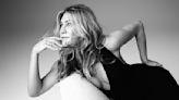 I Tried the New Jennifer Aniston LolaVie Detangling Spray | Well+Good