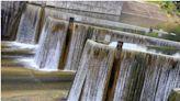 [苗栗] 鯉魚潭鋸齒堰!療癒紓壓的水簾瀑布!滿水位限定 ~ - SayDigi | 點子生活