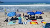 US holiday fuels worries about skyrocketing virus cases