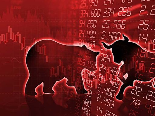 Dow Jones Dives 300 Points Despite IBM, J&J Gains As Stock Market Gets Slammed