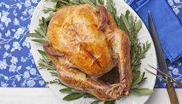 Here's How to Reheat Turkey So It's Still Absolutely Tasty