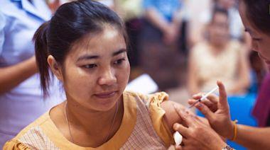 COVID-19/《刺絡針》:第二劑AZ疫苗出現血栓機率更低!有這四症狀要警覺