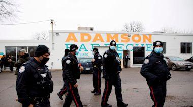 BBQ restaurant owner arrested after defying lockdown