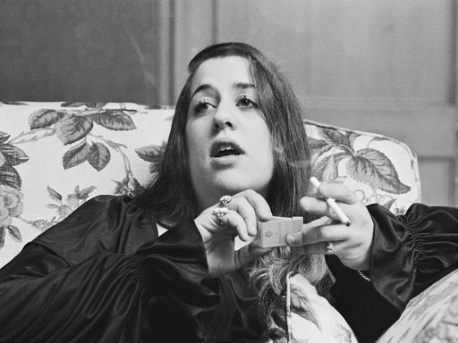 The Mamas and the Papas: Did Mama Cass Really Die Choking on Food?