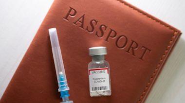 加拿大8成居民支持疫苗護照換取旅遊 對兩種疫苗信心下跌 | 蘋果日報