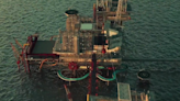 海上巨無霸「極限運動度假村」 沙烏地改建鑽油平台用直升機載客