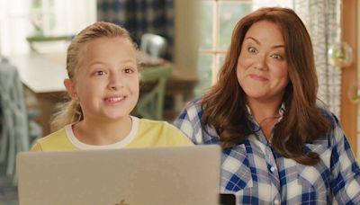 'American Housewife' Winks at Anna-Kat Recasting in Season 5 Premiere Sneak Peek (Exclusive)