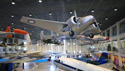 【高雄 岡山】航空教育展示館:有超大停機棚、退役戰機、炸彈、飛彈全展出,航空迷必訪~ - SayDigi | 點子生活