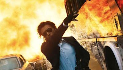 謝霆鋒扔手榴彈「轟天爆炸」幾乎被燒到!現場湧滾滾火球秒變烤箱