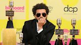"""Why The Weeknd Feels """"Guilty"""" Dating Someone Not Famous - E! Online Deutschland"""