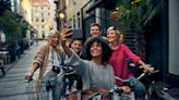 10 Ways To Organize and Save With Group Vacations