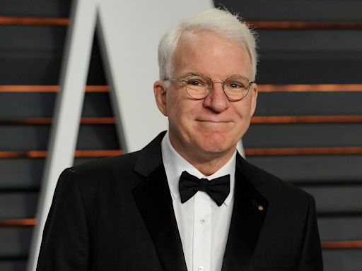 Steve Martin's Mike Pence Halloween Costume Is So Simple, Yet So Fly