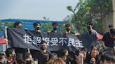 「民主歸還鳳中!」校慶變抗議 學生不滿校方漠視投票結果