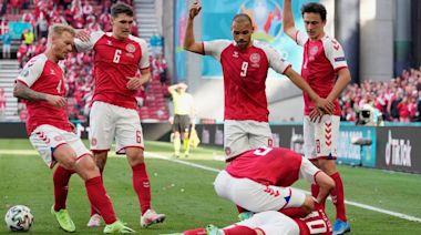 歐國盃●艾歷臣加油|球員目前已甦醒 丹麥鬥芬蘭於2:30am重開 | 蘋果日報