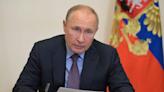 Coronavirus: Russian President Vladimir Putin says dozens of staff infected with COVID-19