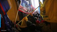 Some Capitol riot defendants are choosing to forgo lawyers