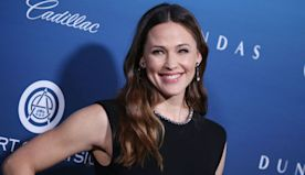 Jennifer Garner, Mel Gibson, Joaquin Phoenix Attend 12th Annual Art of Elysium Gala