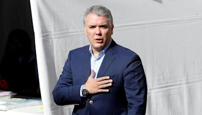 El presidente de Colombia insta a Panamá a resolver juntos la crisis migratoria