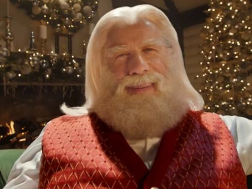 This Actor Is Totally Unrecognizable as Santa Claus