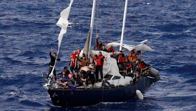 Libya arrests 2 suspected traffickers, returns 53 to Egypt
