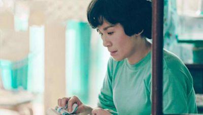 為了紅,和梅艷芳姐妹反目,得罪趙雅芝,還一手炮製了「集郵門」
