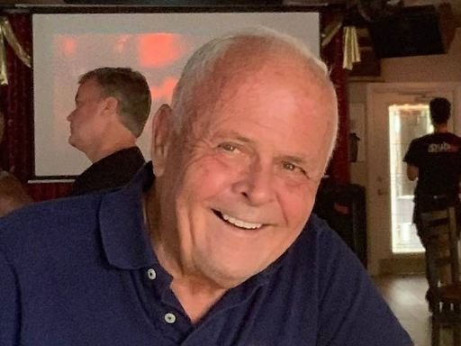 Beloved Key West regular falls down flight of stairs at bar and dies, police say