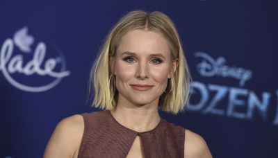 STXfilms' Kristen Bell Coupon Clipping Scam Comedy 'Queenpins' Sells US For $20M+ To Paramount+ & Showtime