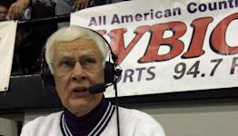A Kentucky radio announcer enters record 61st season calling college basketball games