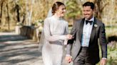 """This Couple Went All Out for Their """" Montana-Meets-Gatsby-Meets-Versailles """" Wedding at Home"""