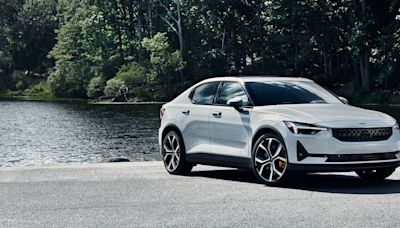 The 2022 Polestar 2 Features a Reasonable Price, Cozy Interior, and Clever Suspension Design