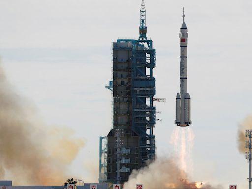 中國發射神舟十二飛船 首次把三名宇航員送往「天宮號」空間站