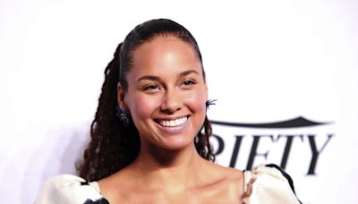 Alicia Keys Just Wore Y2K Butterfly Clips in the Most Glamorous Way