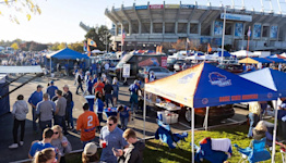Live updates: Air Force at Boise State football; Broncos without 7 players (pregame)