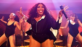 Lizzo and Her Mom Dance Together in Bath Towels and Robes — Watch Their Sweet Video