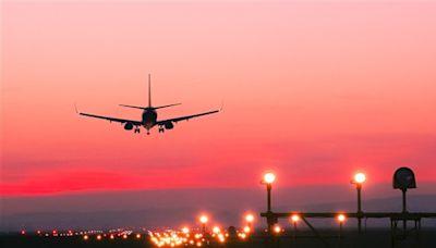 東方航空(00670.HK)8月客運減58.5% 貨運跌6.3%