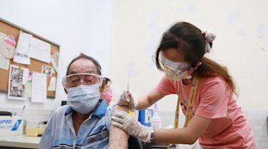 高齡長者開打疫苗台南首創分流施打避免群聚 黃偉哲:讓長輩安心接種疫苗
