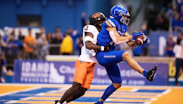 With his famous father in the stands, Boise State's Koetter scores first TD as a Bronco
