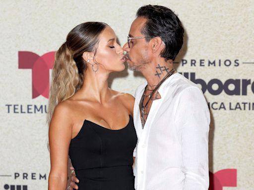 Marc Anthony Kisses Madu Nicola on 2021 Billboard Latin Music Awards Red Carpet